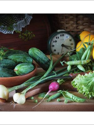 Деревенский натюрморт со свежими овощами